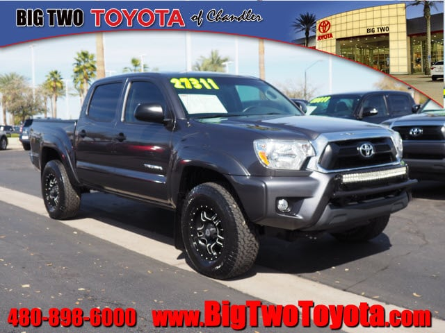 Photo Certified Pre Owned 2015 Toyota Tacoma Prerunner V6 4x2 PreRunner V6 Double Cab 5.0 ft SB 5A for Sale in Chandler and Phoenix Metro Area