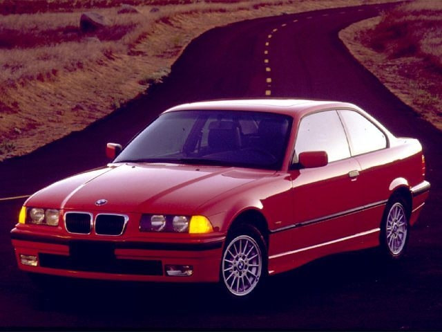 Photo Used 1999 BMW 3 Series 328is Coupe in Cincinnati, OH