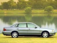 1999 Toyota Avalon XLS Bench Sedan Front-wheel Drive