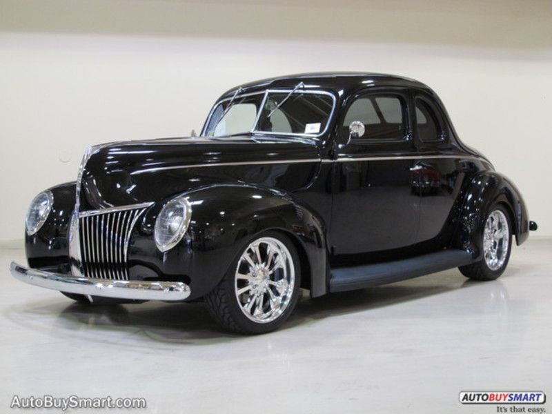 Photo Used 1939 Ford Deluxe Custom