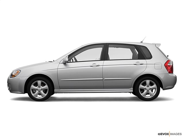 Photo Used 2007 Kia Spectra5 SX in Cincinnati, OH