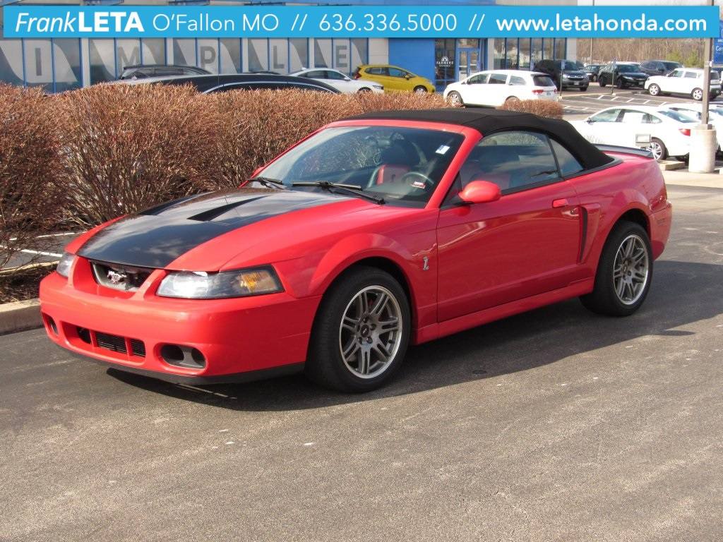 Photo Pre-Owned 2003 Ford Mustang Cobra RWD 2D Convertible