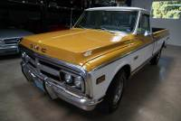 1972 GMC Full Size C20 3/4 Ton Fleetside Longbed 2500 Sierra Grande Custom Camper