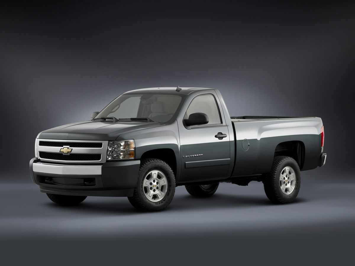Photo Pre-Owned 2007 Chevrolet Silverado 1500 LT Truck Crew Cab For Sale  Raleigh NC