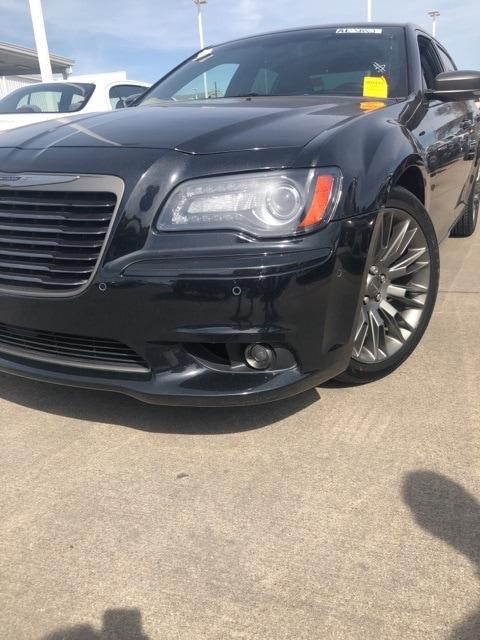 Photo 2013 Chrysler 300C John Varvatos Sedan Rear-wheel Drive For Sale Serving Dallas Area