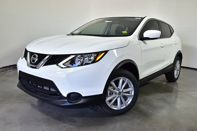 Photo Certified Pre-Owned 2017 Nissan Rogue Sport S FWD 4D Sport Utility