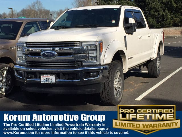 Photo Used 2017 Ford F-250 Lariat Truck Crew Cab V-8 cyl for Sale in Puyallup near Tacoma