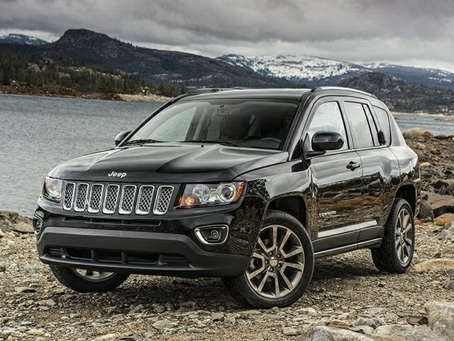 Photo Used 2016 Jeep Compass LATITUDE SUV for sale in Barstow CA