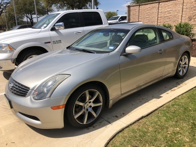 Photo Used 2004 INFINITI G35 Base Coupe For Sale Grapevine, TX