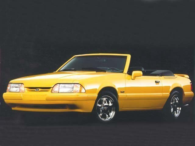 Photo 1993 Ford Mustang LX 5.0L Convertible