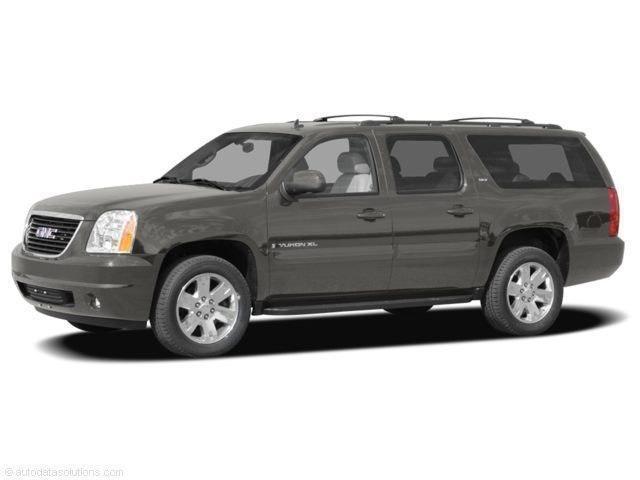 Photo 2008 GMC Yukon XL 1500 SUV 4x4 For Sale  Lansing, MI