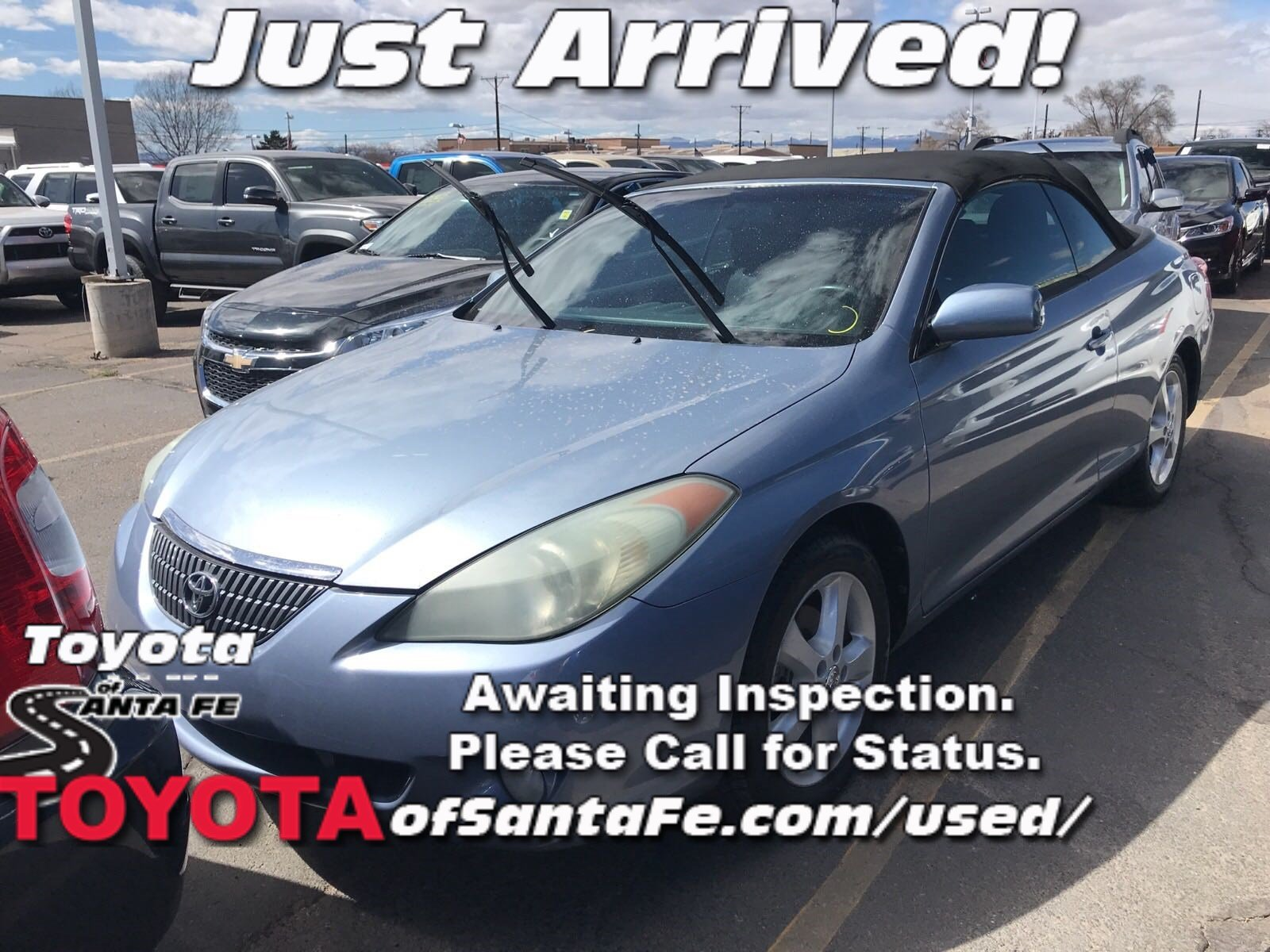 Photo Pre-Owned 2005 Toyota Camry Solara SE FWD Convertible