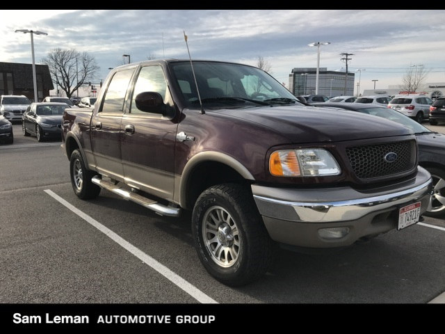 Photo Pre-Owned 2003 Ford F-150 King Ranch in Peoria, IL