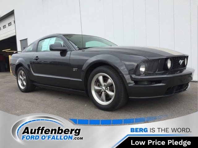 Photo Used 2008 Ford Mustang GT Deluxe Coupe V8 24V for sale in OFallon IL