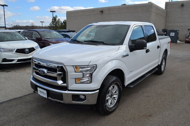 Photo 2015 Ford F-150 XLT in Akron, OH 44312