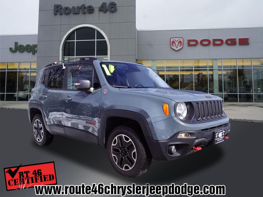 Photo Certified Used 2016 Jeep Renegade Trailhawk 4x4 SUV For Sale in Little Falls NJ