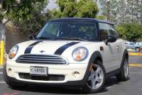 2010 MINI Cooper Hardtop 5 Speed Manual!! Pano Roof!! AUX/Bluetooth!!