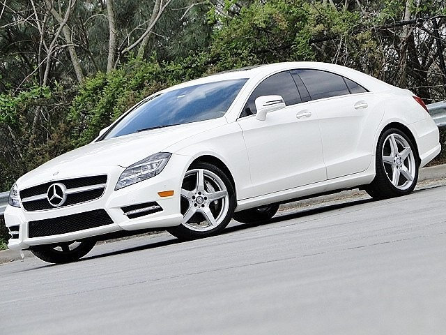 Photo 2014 Mercedes-Benz CLS 550 . AMG SPORT PKG . TRACK PKG . Sedan