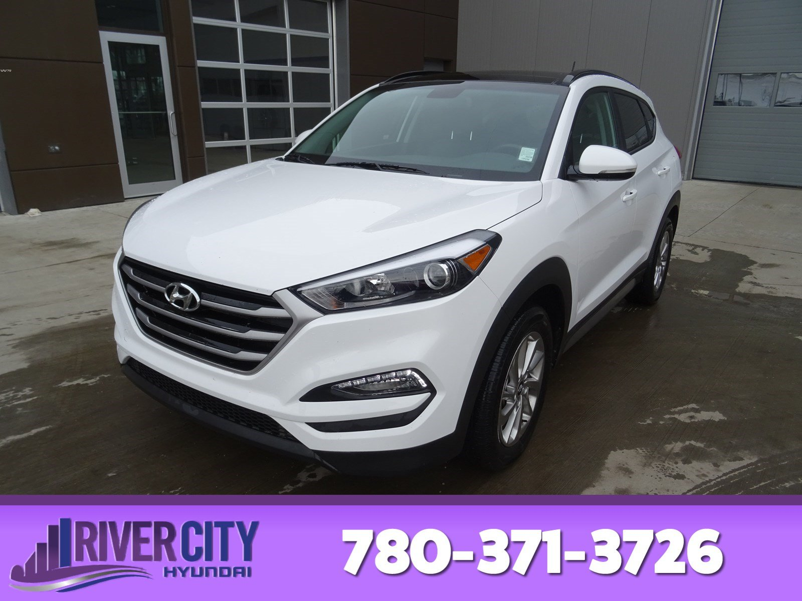 Photo Pre-Owned 2017 Hyundai Tucson AWD SE Leather, Heated Seats, Panoramic Roof, Back-up Cam, Bluetooth, AC,