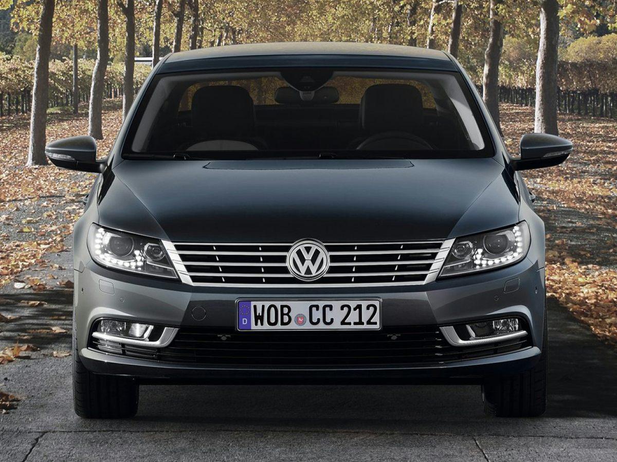 Photo Used 2014 Volkswagen CC 2.0T Executive Sedan For Sale in Paramus, NJ
