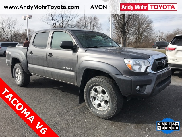 Photo Pre-Owned 2015 Toyota Tacoma TRD OFF ROAD 4WD 4D Double Cab