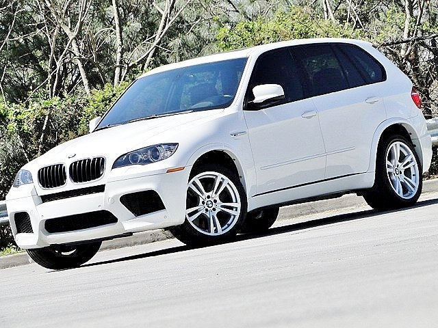 Photo 2011 BMW X5 M HEADS UP DISPLAY . AGGRESSIVE 555HP . SUV