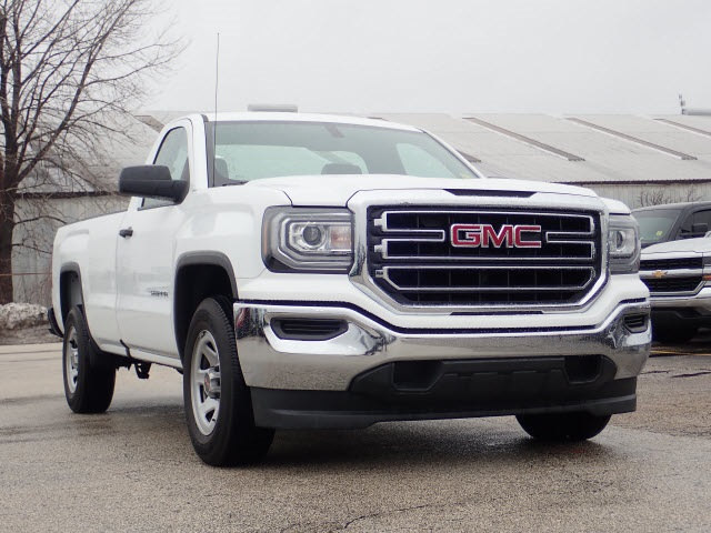 Photo Pre-Owned 2017 GMC Sierra 1500 Regular Cab Base in Peoria, IL