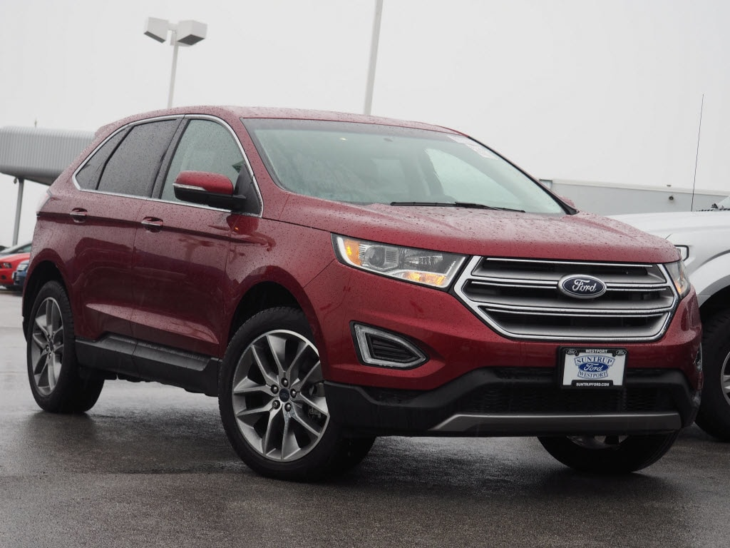 Photo Used 2016 Ford Edge Titanium SUV V-6 cyl for Sale in Saint Louis, MO