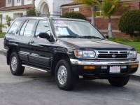 1997 Nissan Pathfinder LE 4WD