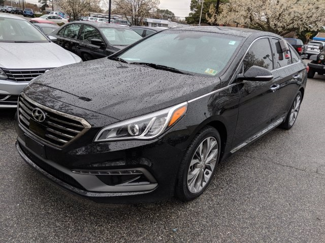 Photo Pre-Owned 2015 Hyundai Sonata Limited 2.0T W NAVIGATION  ROOF FWD 4D Sedan