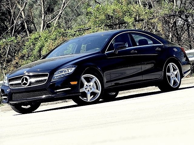 Photo 2013 Mercedes-Benz CLS 550 . AMG SPORT PKG . PREMIUM I . Sedan