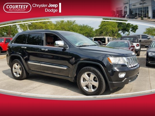 Photo Pre-Owned 2012 Jeep Grand Cherokee Overland Summit 4WD Overland Summit in Jacksonville FL