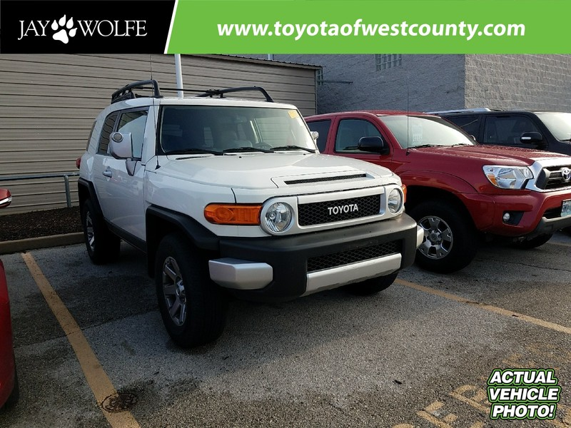 Photo Certified Pre-Owned 2014 TOYOTA FJ CRUISER 4WD 4DR AUTO Four Wheel Drive Sport Utility