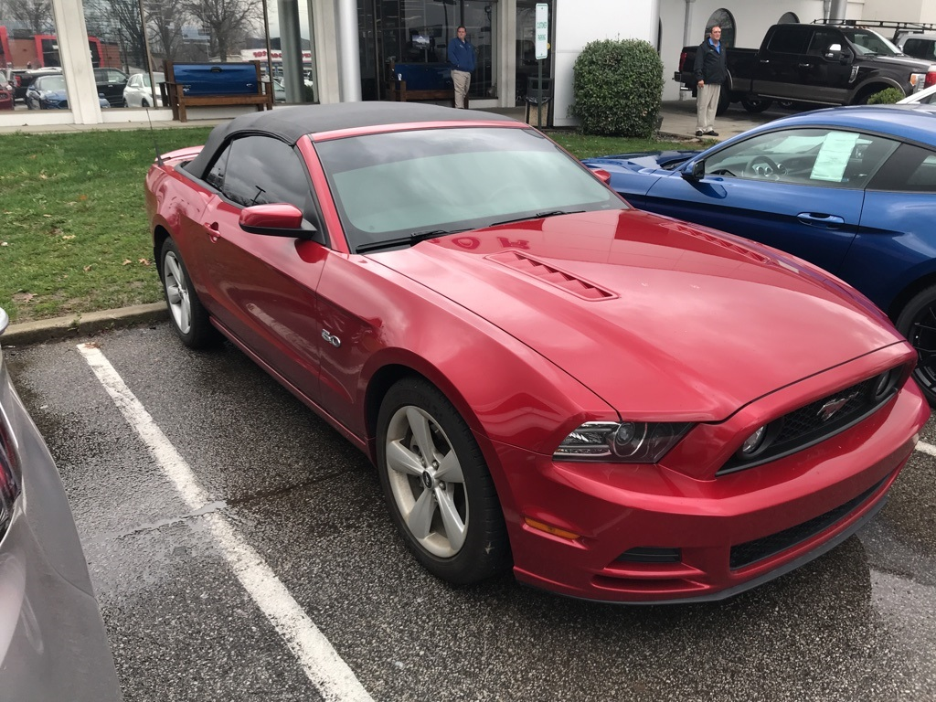 Photo Certified Pre-Owned 2013 Ford Mustang GT Premium RWD 2D Convertible