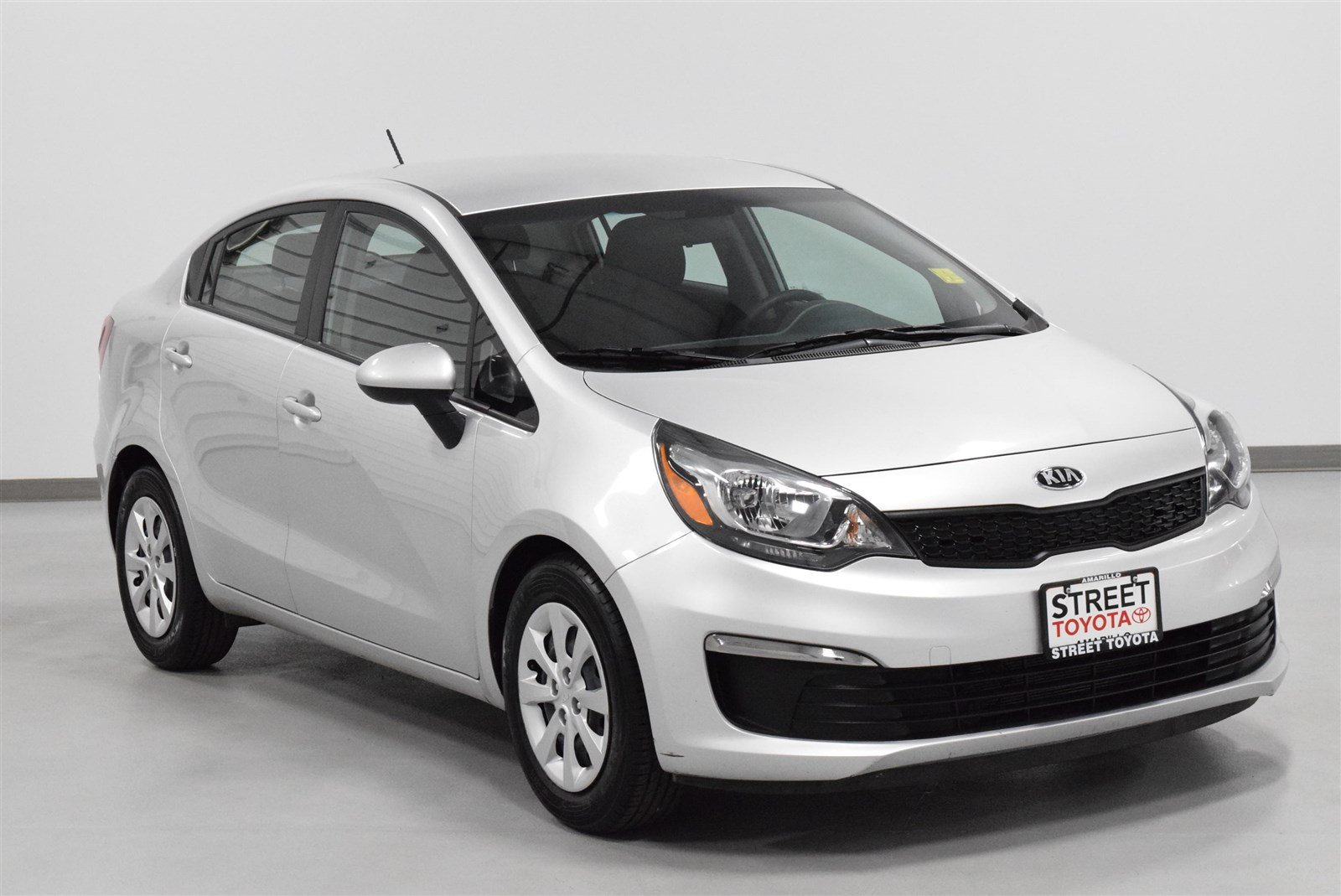 Photo Pre-Owned 2017 Kia Rio EX FWD 4dr Car For Sale in Amarillo, TX
