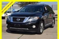 2015 Nissan Pathfinder Platinum w/Navigation/Reardvds SUV