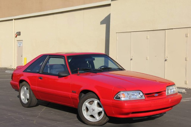 Photo 1993 Ford Mustang LX Very Rare Extra Clean
