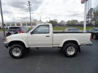 1989 Toyota Pickup DLX Reg. Cab Short Bed 4WD