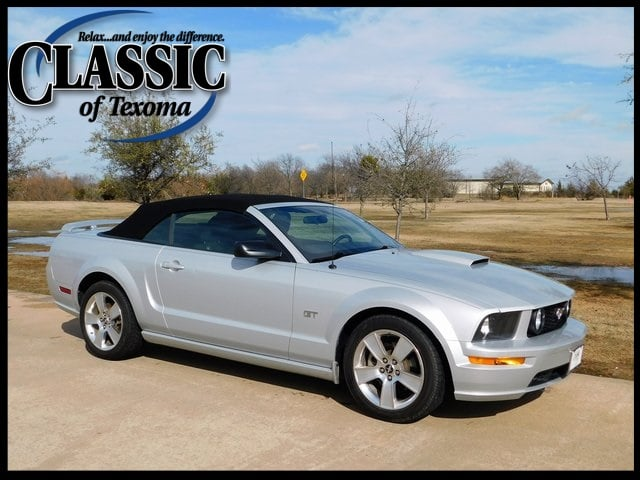 Photo 2007 Ford Mustang GT Premium Convertible Rear-wheel Drive