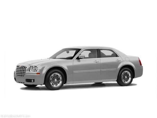 Photo 2005 Chrysler 300 Touring Sedan All-wheel Drive For Sale  Lansing, MI