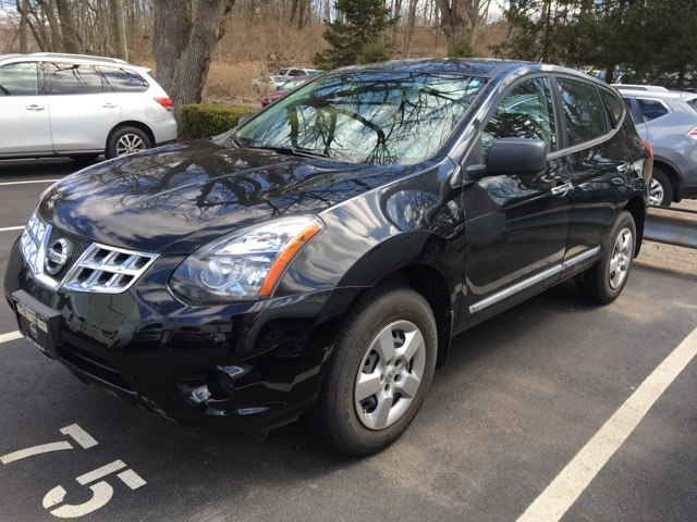 Photo Certified Pre-Owned 2014 Nissan Rogue Select S SUV For Sale in Wilton, CT