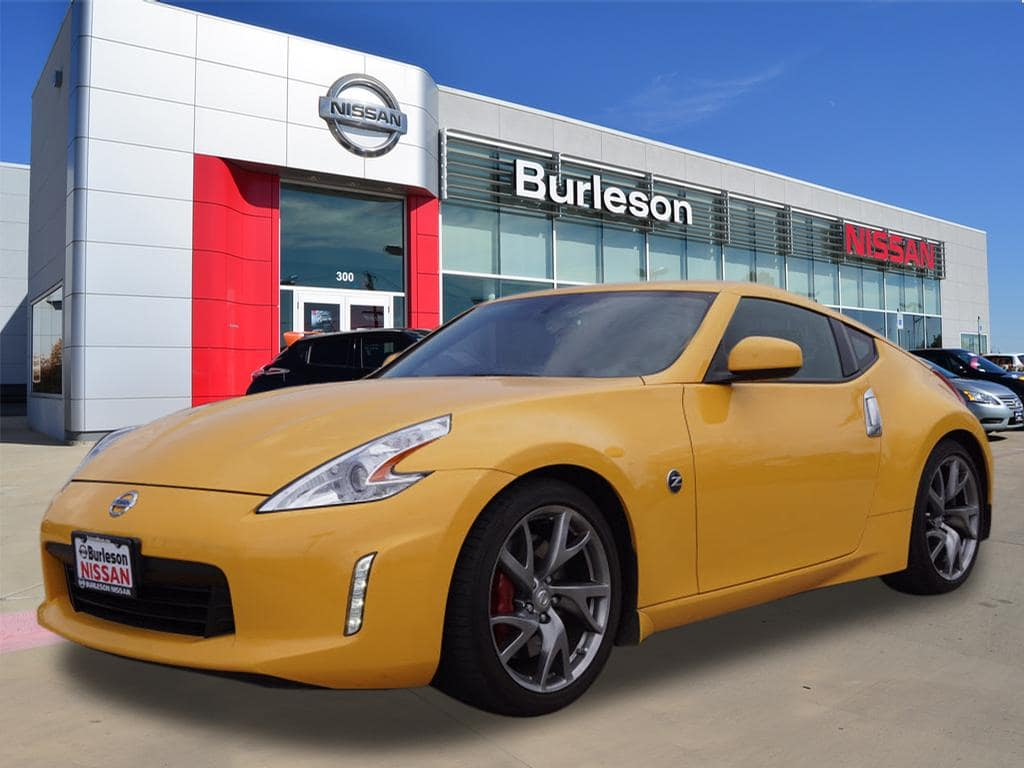 Photo 2017 Nissan 370Z Coupe For Sale in Burleson, TX