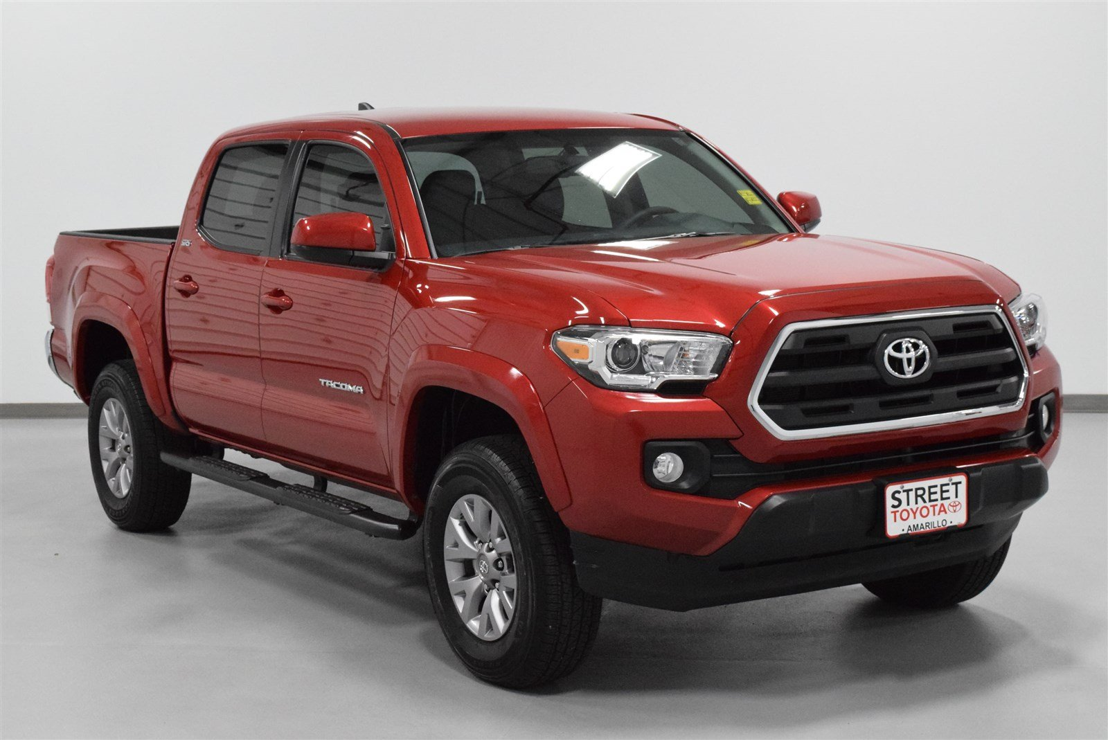Photo Certified Pre-Owned 2016 Toyota Tacoma TRD Sport 4WD For Sale in Amarillo, TX