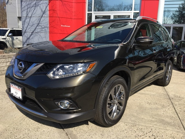 Photo Certified Pre-Owned 2015 Nissan Rogue SL SUV For Sale in Wilton, CT