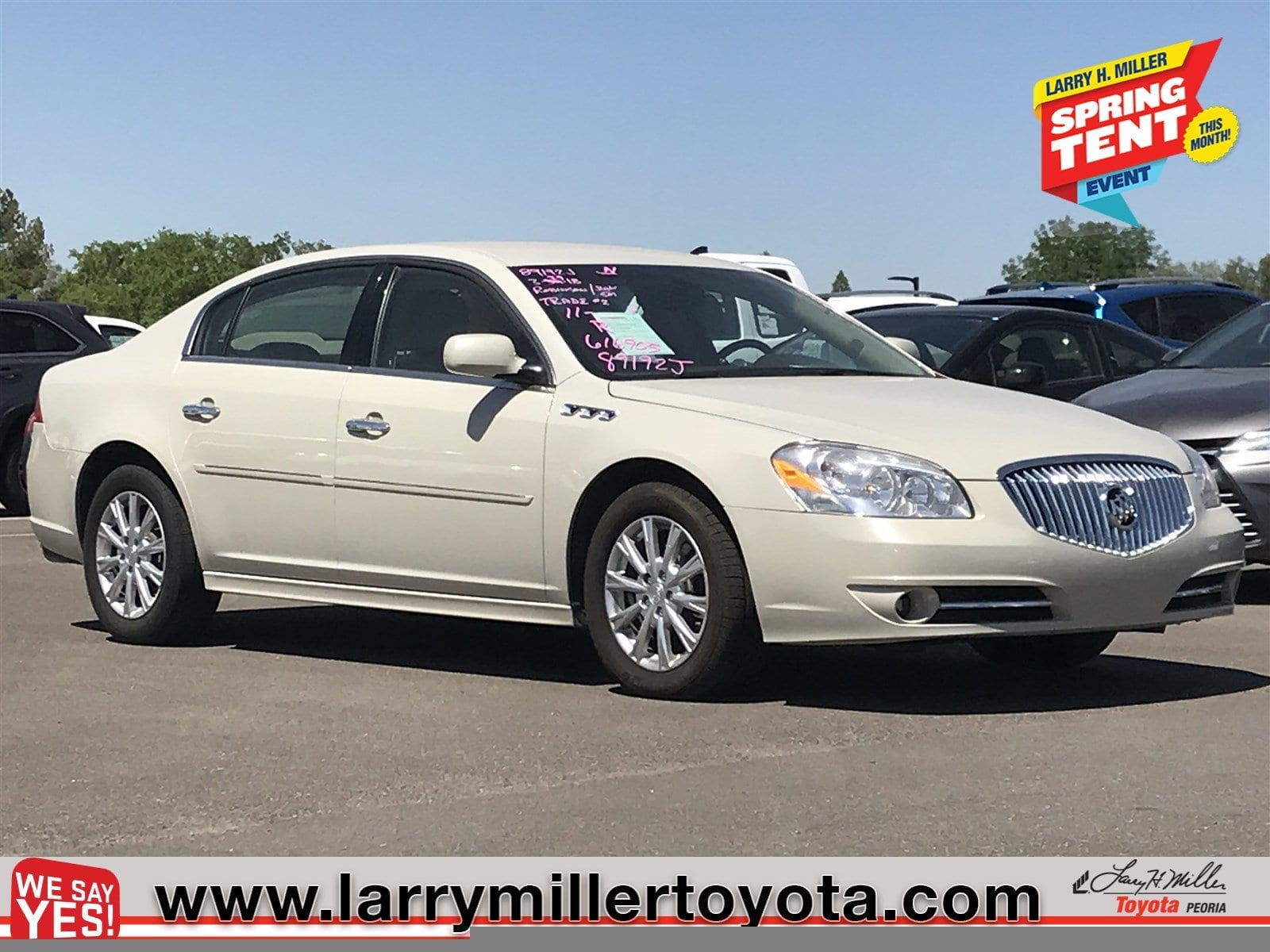 Photo Used 2011 Buick Lucerne For Sale  Peoria AZ  Call 866 748-4281 on Stock 89192J