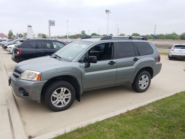 Photo 2008 Mitsubishi Endeavor LS SUV Front-wheel Drive in Irving, TX