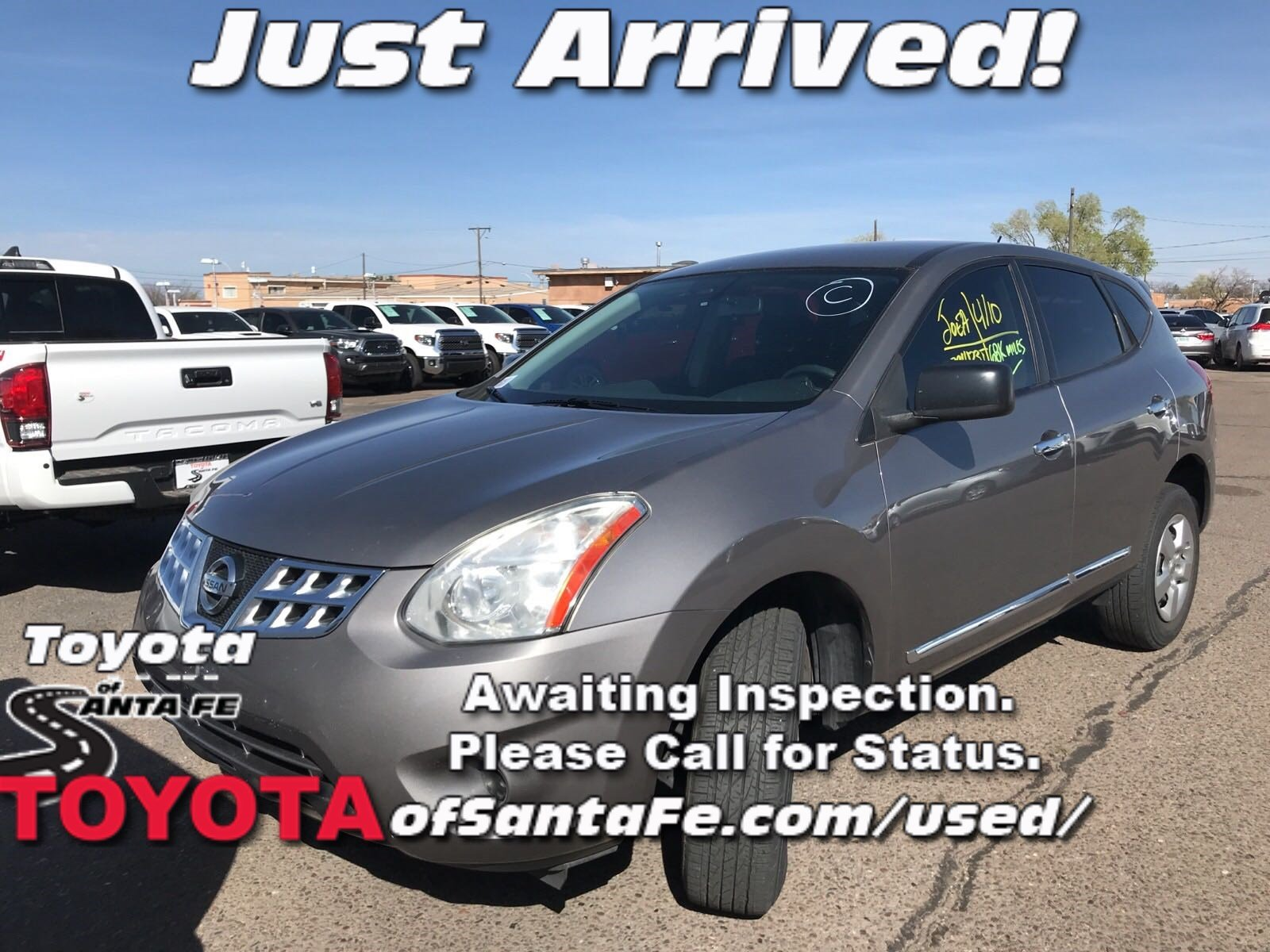 Photo Pre-Owned 2012 Nissan Rogue S FWD Sport Utility Vehicle