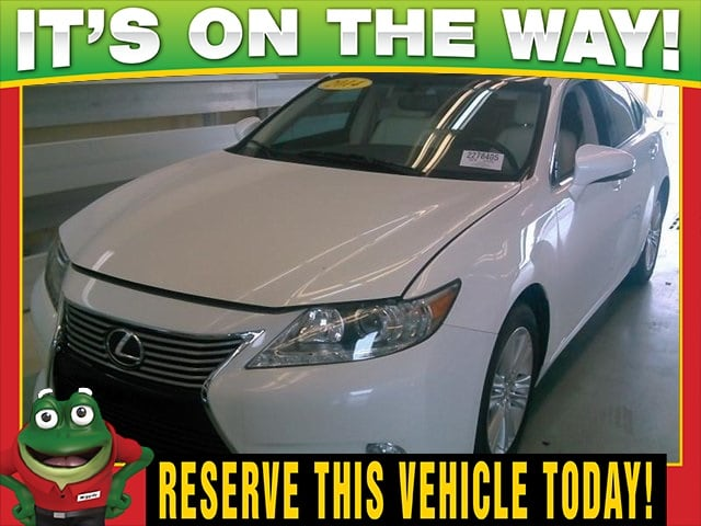 Photo Used 2014 LEXUS ES 350 350 - Moonroof - Dual Zone Climate For Sale Near St. Louis