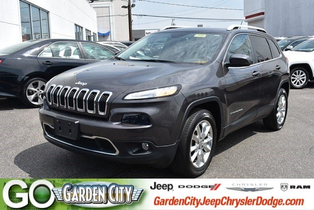Photo Used 2015 Jeep Cherokee Limited 4WD Limited For Sale  Hempstead, Long Island, NY