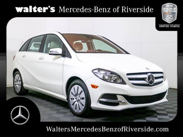 Photo Pre-Owned 2017 Mercedes-Benz B 250